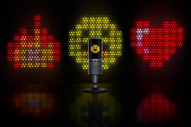 Razer Seiren Emote - Microphone with Emoticons